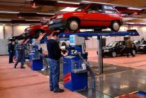 Test-Aankoop keurt autokeuringscentra af