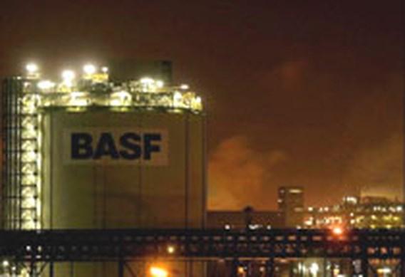 BASF krijgt geen voet binnen bij Engelhard