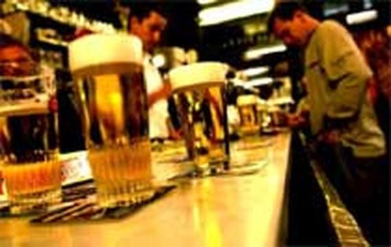 Britse vrouwen drinken meer dan mannen