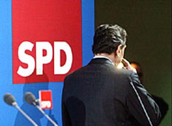 Schröder wil kanseliersjob opgeven