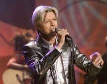 David Bowie: zijn concerten verkopen beter dan zijn cd's.   <br><br><!--para1-->