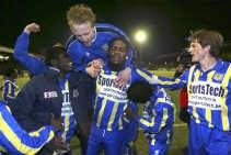 De vreugde is groot bij Beveren, nadat Anderlecht werd uitgeschakeld in de Beker.