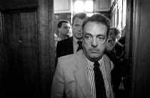 Toen het hof stelde dat het Vlaams Blok allochtonen een onethisch imago wil aanwrijven, verliet de top luidruchtig de rechtszaal.