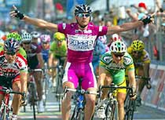 Eerste voor Petacchi in Giro