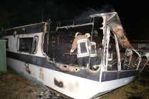Een caravan op de camping Cosmos ontplofte, vermoedelijk door een gasophoping.