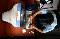Jongeren met netkennis worden vaak via chatruimtes benaderd door criminelen.
