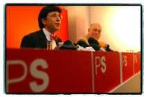 PS-voorzitter Elio Di Rupo (l.) laat niet in zijn kaarten kijken over zijn persoonlijke plannen, maar zijn partijgenoot Charles Picqué wordt zeker minister-president van het Brussels Gewest.