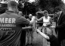 Marie-Rose Morel op de dag van de bekendmaking dat ze als ,,onafhankelijke'' op de lijst van het Vlaams Blok komt.  Behalve bij vrouwen en hoger opgeleiden is het Blok doorgedrongen tot alle lagen van de bevolking.