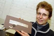 De Kortrijkse stadsarchivaris Ann Augustyn vond het perkament op eBay.