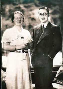 September 1936, verloving met Juliana.