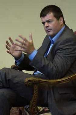 Bart Somers haalde het in één ronde. Maar het VLD-voorzitterschap wordt gegarandeerd een heikele klus.
