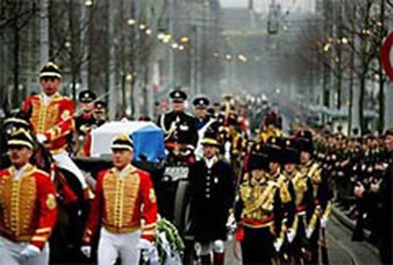 Prins Bernhard begraven (update)