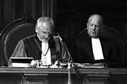Edwin Van Fraechem: ,,Weten waarover je praat? Ik heb Hugo Lamon nooit in een assisenzaal gezien.''