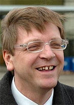 Verhofstadt naar begrafenis