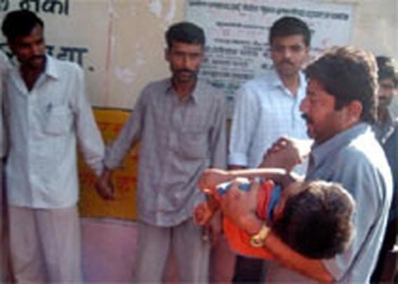 Meer dan 300 doden in Indiase tempel