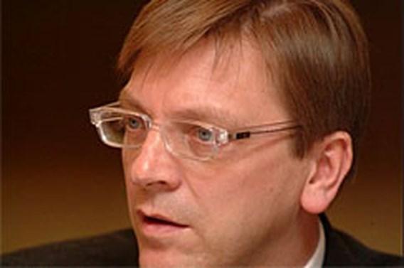 Premier Verhofstadt vertrekt niet naar Moskou