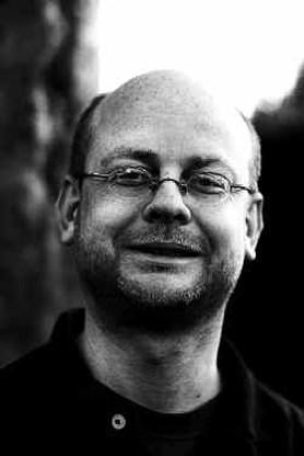 Vredeseilanden krijgt schadevergoeding van journalist Debels
