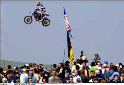 Stefan Everts bleef met zijn Yamaha net de Fransman Mickaël Pichon vooraf.