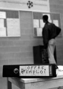 ,,In Brussel en Wallonië zou de begeleiding van werkzoekenden net sterker moeten zijn'', zegt Greta D'Hondt.
