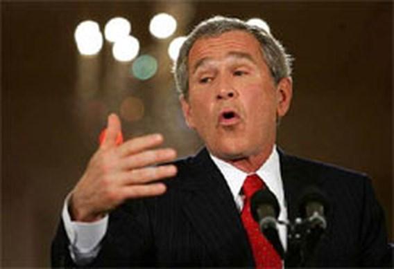 Bush loopt schrammen op bij fietsongeval