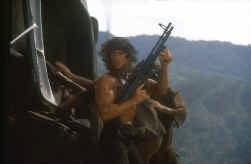 John Rambo: op hol geslagen vechtmachine.