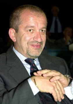 Minister Roberto Maroni heeft heimwee naar de lire.