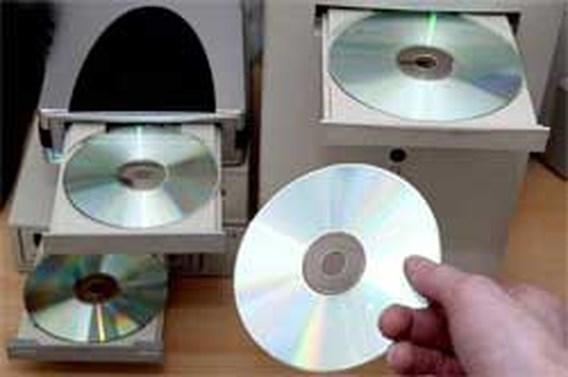 100.000 euro voor verkoop  illegaal gekopieerde cd's