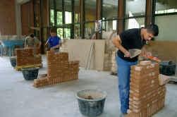 Veel scholen schrappen de bouwrichtingen omdat er geen interesse is bij de leerlingen.