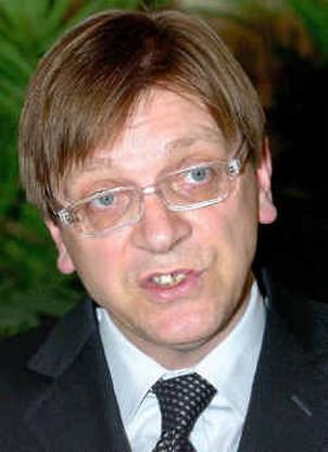 Verhofstadt overtuigend gezakt