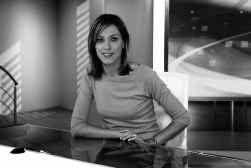 Terwijl de redactie van het tv-journaal vrouwelijker wordt (foto: Annelies Van Herck), blijft het nieuws een mannenzaak.