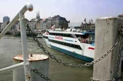 De Seastar vaart twee keer per dag van Nieuwpoort naar Oostende en terug.