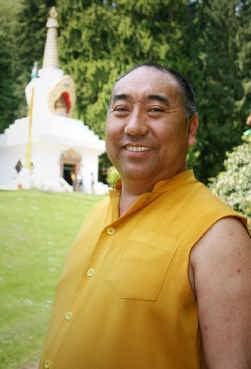Lama Karta: ,,Een rationele uitleg is niet altijd nodig. Met verwondering kan men verder geraken, en het is tegelijk een inspiratiebron.''