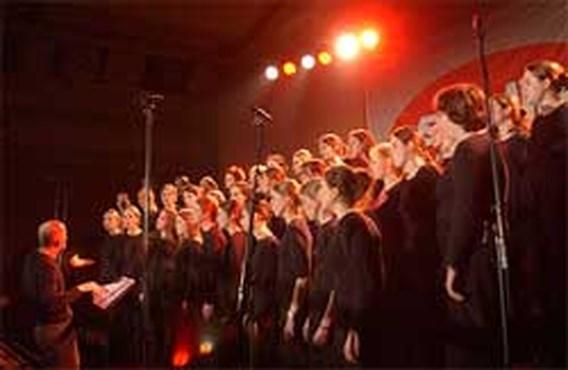 Scala zingt hoofdthema film Joyeux Noël