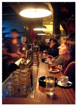 Roken op café mag nog, maar niet in het café van de Ancienne Belgique.