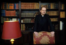 Stéphane Seminckx, de woordvoerder van Opus Dei: ,,Ik heb De Da Vinci Code niet gelezen. Ik vind het evangelie veel spannender.''