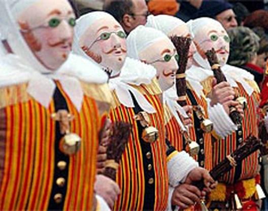 Jongen van 17 doodgestoken op carnaval Binche