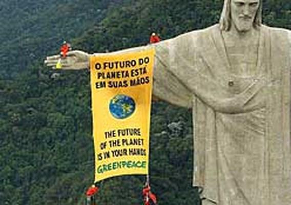 Greenpeace-actie in Rio