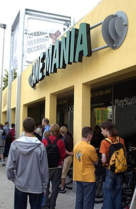 Game Mania opgenomen in groep Free Record Shop