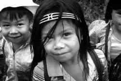 Rolando Losad (26) van de Ata-Manobo-stam behaalde een leraarsdiploma en werkt in Davao. Maar hij droomt ervan om terug te keren en de kinderen van zijn stam te leren lezen en schrijven.