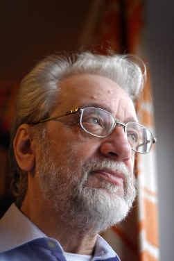 Walter Van den Broeck: 'Ik kan niet anders dan trouw zijn aan mijn afkomst.'