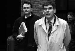 Rob Verreycken (l.) en Filip Dewinter trokken in 2003 de Visa-crisis op gang, door de onkosten van Antwerpse schepenen te controleren.