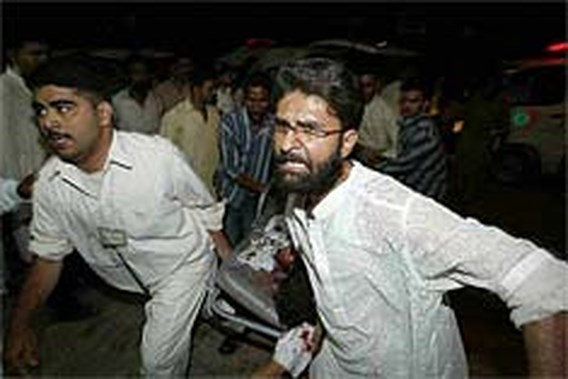 Zeker 47 doden bij bomexplosie in Pakistaans park