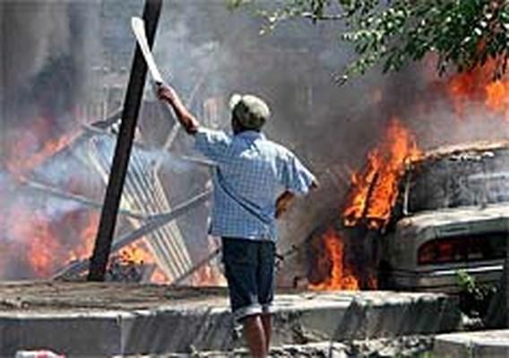 VN-politiemacht gaat orde handhaven in Oost-Timor