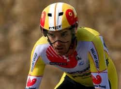 ,,In de jaren die me nog resten als wielrenner, wil ik bewijzen dat het ook zonder doping kan'', zegt David Millar.