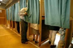 VLD-woordvoerder Tom Ongena: ,,Wie in Antwerpen honderd extra mensen weet te mobiliseren, kan zijn partij laten stijgen met vier tot vijf procent.''