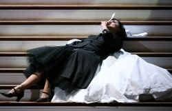 Anna Netrebko als Suzanna in ,,Le Nozze di Figaro'' op een repetitie in Salzburg.