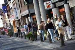 In het groeiende winkelcentrum van Lommel vestigen zich steeds meer grote ketens.