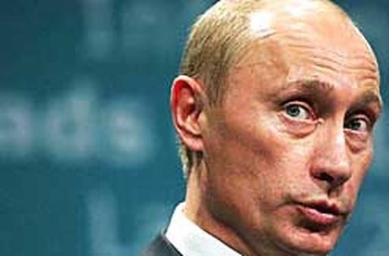 Twee derde van Russen wil dat Poetin aanblijft