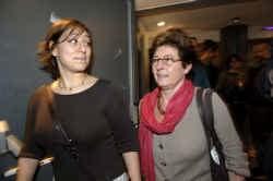 Meryem Almaci, links naast Groen-voorzitster Vera Dua, trekt de groene kamerlijst in Antwerpen.