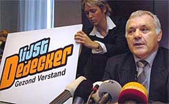 Lijst Dedecker haalt twee Vlaams Belangers binnen